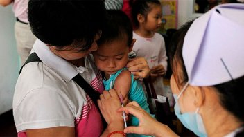 China vacunará contra el coronavirus a los menores desde los tres años
