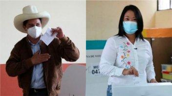 Perú: Esperan conteo de votos del exterior pero Castillo sigue liderando