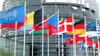 Parlamento Europeo aprobó introducción de certificados Covid a partir de julio