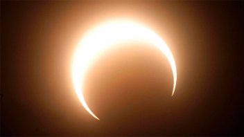 Video: el eclipse anular que produce el
