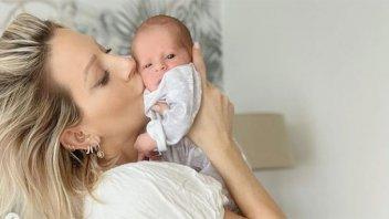 Pura ternura: Noelia Marzol publicó fotos con su bebito