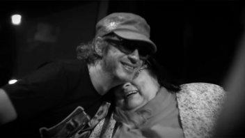 Estrenan videos inéditos: Mercedes Sosa junto a Charly García, Cerati y más