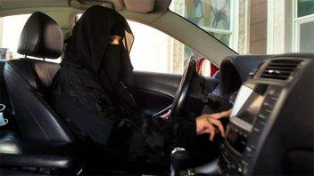 Arabia Saudita permitirá que las mujeres adultas puedan vivir solas