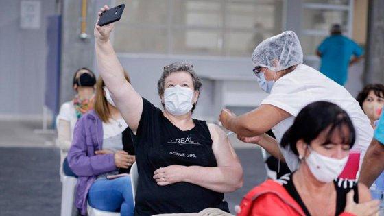 Covid19: en el país se aplicaron casi 2,4 millones vacunas en últimos siete días