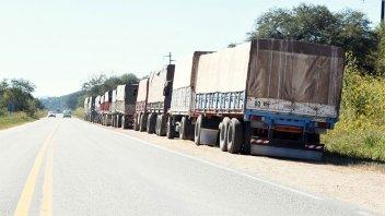 Incautan soja valuada en casi $23 millones cuando era transportada en camiones