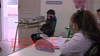 Educación en pandemia: todos los alumnos volverían a pasar de grado o de año