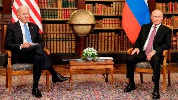 Cumbre Putin-Biden: acuerdo por embajadores y diálogo sobre ataques cibernéticos