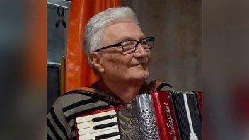 """Falleció el acordeonista Santiago """"Guito"""" Estefani: """"él era música y alegría"""""""