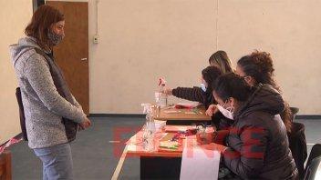 Vacunaron contra el covid a 200 trabajadores de la educación en San Benito