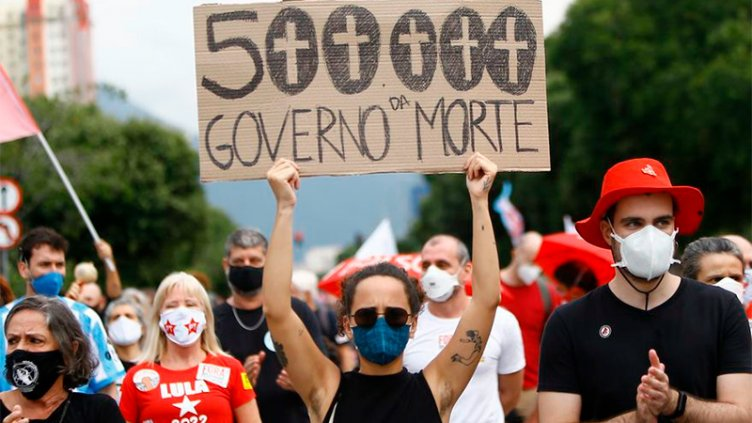 Brasil superó las 500.000 muertes por Covid-19: hay protestas en las calles