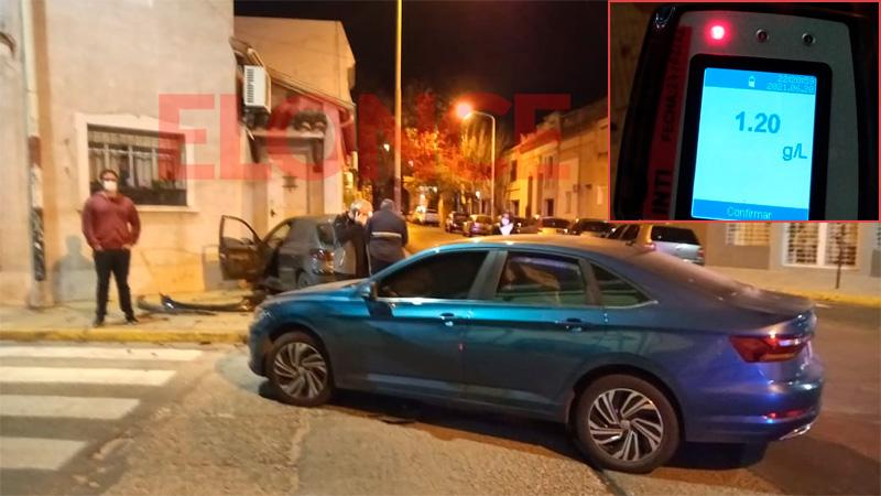 El conductor del Peugeot 207 dio positivo al test de alcoholemia.-