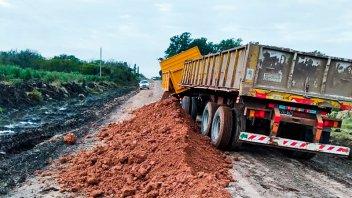 Vialidad realizó operativo de mantenimiento de caminos productivos