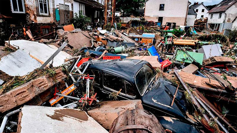Decenas de casas y autos destruidos en Schuld, Alemania.