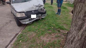 """""""Salió a probar"""" el auto y lo chocó: iba alcoholizada y no sabía conducir"""