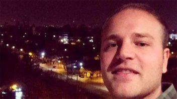 Periodista fue a comprar dólares para irse al extranjero y lo mataron