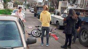 Joven hospitalizada tras violento asalto: la tiró al suelo y le robó el celular