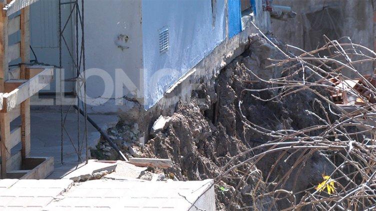 Reubicarán a cinco familias que perdieron sus viviendas por desmoronamientos