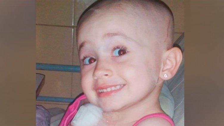 Sofía necesita costosas ampollas para iniciar tratamiento contra el cáncer