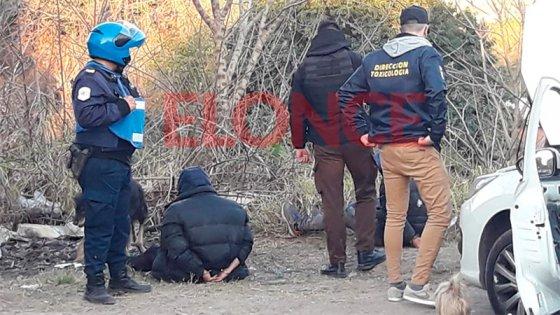 Persecución y balacera: los tres sospechosos llevaban dos kilos de cocaína