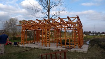 Equipo del Conicet aporta al desarrollo de viviendas de madera en Entre Ríos