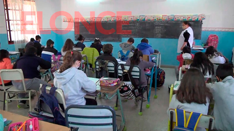 En Paraná la mayoría de las escuelas volvió a la presencialidad plena