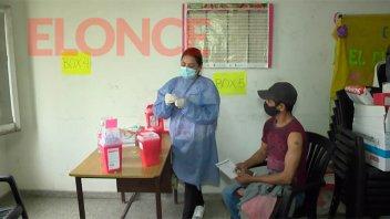 Vacunación contra el Covid-19: aplicaron 400 dosis en un centro de salud