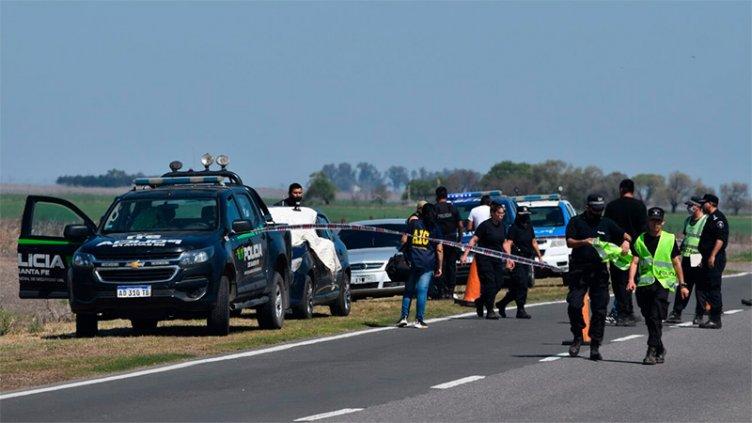 Un policía vial siguió a su expareja en auto y la mató de un balazo en la cabeza