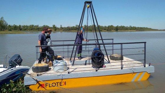 Bajante del Paraná: usan una plataforma flotante para proveer agua a una ciudad