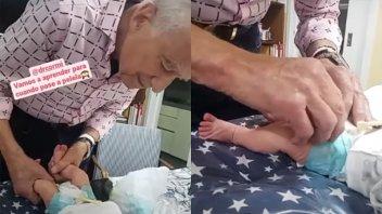 Video: Alberto Cormillot cambió el pañal a su bebé pero no le fue bien