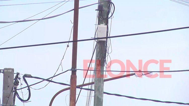 Por el robo de cables de telefonía, varios vecinos quedaron sin el servicio