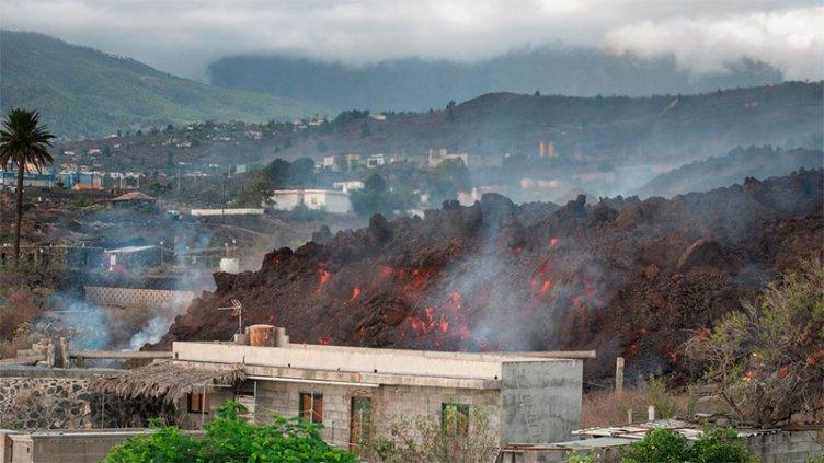 Aumenta la actividad explosiva del volcán de La Palma