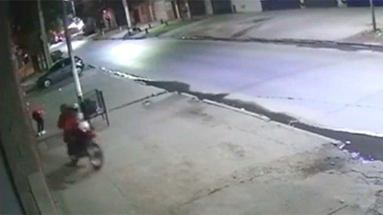 Video: el ataque en el que mataron a chico de 16 años para robarle dos camperas
