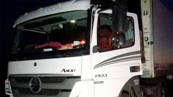 Impactante asalto a camionero: robaron bolsa con dinero y lo dejaron maniatado