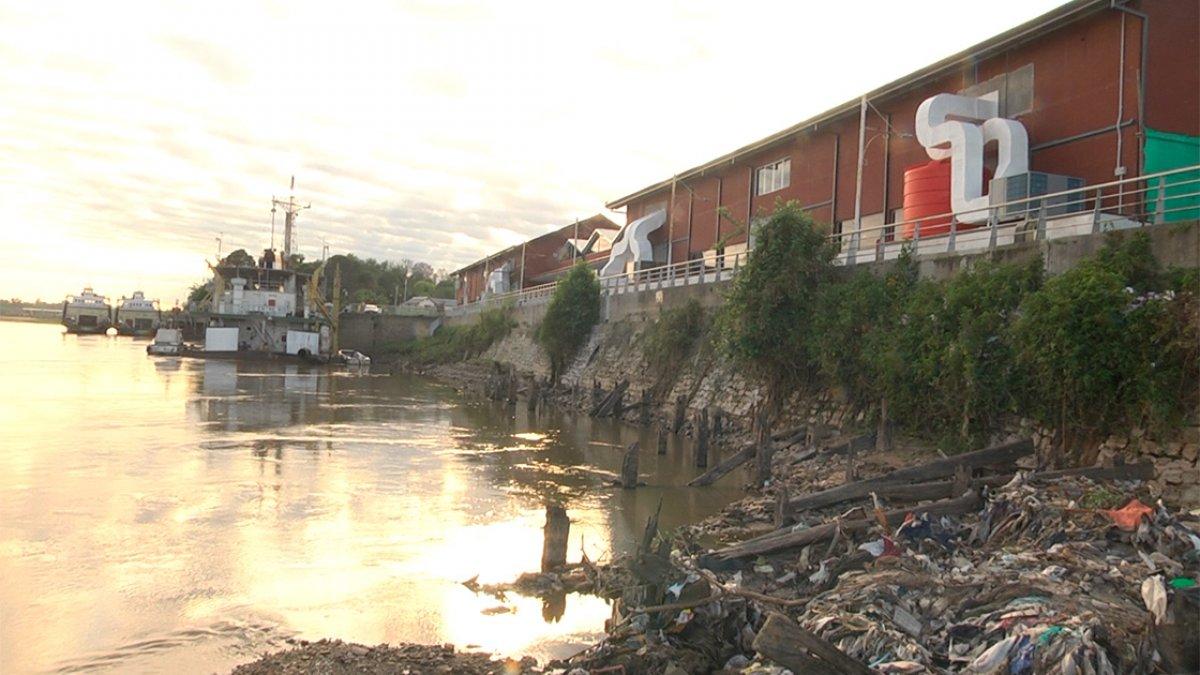 La bajante en el Puerto de Paraná.