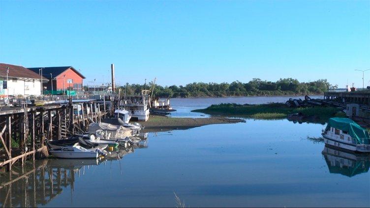 Leve repunte del río Paraná