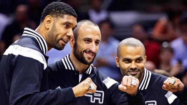 Manu Ginóbili y los Spurs recibieron los anillos de campeones de la NBA - Superdeportivo.com.ar