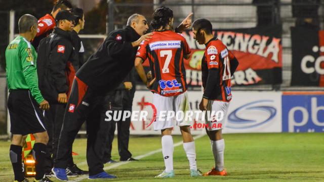 """Iván Delfino, tras la derrota de Patronato: """"Hay que prepararse para lo que  viene"""" - Superdeportivo.com.ar"""