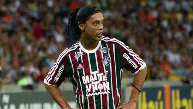 El Fluminense le rescindió el contrato a Ronaldinho.