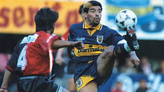 Se cumplen 20 años del regreso de Maradona a Boca.