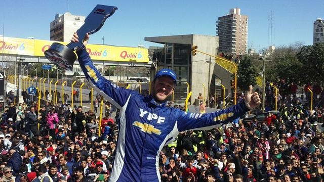 La carrera diurna de Santa Fe quedó en manos de Agustín Canapino.