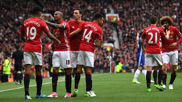 El United ganó y está en zona de clasificación a la Europa League.