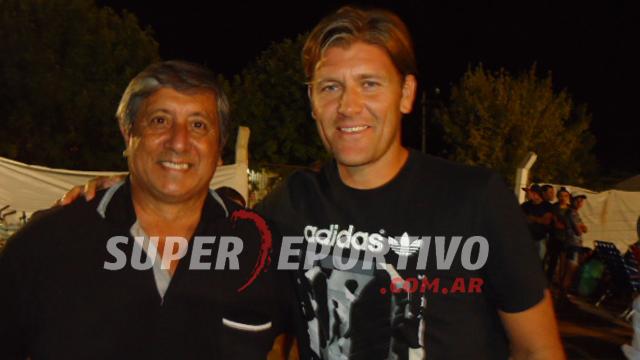 Sebastián Bértoli recibió afecto y reconocimiento en Peñarol de Tala