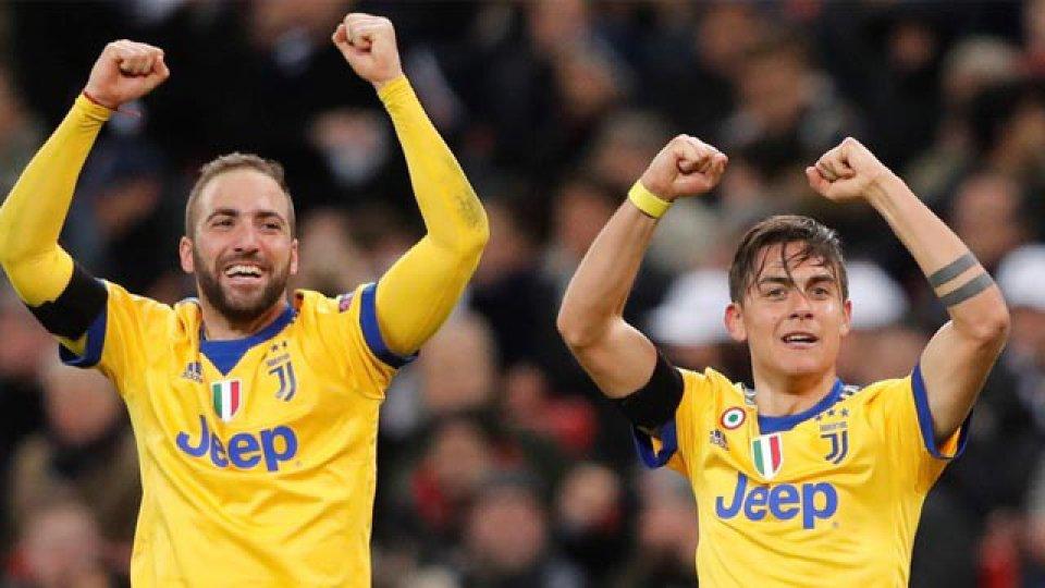 Los delanteros argentino fueron claves en la clasificación del Vecchia Signora.
