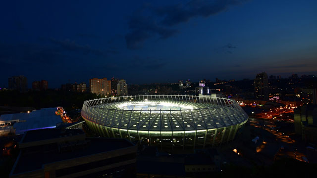 El Olímpico de Kiev recibió al Merengue y a los Reds.