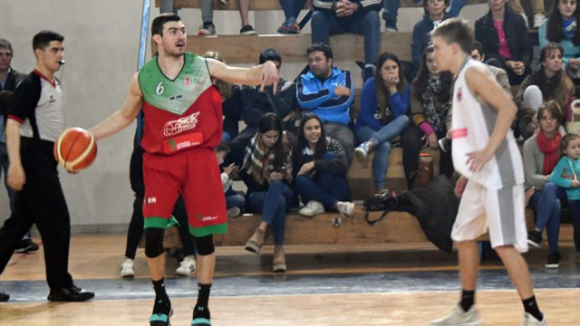 Lisandro Ruiz Moreno se prepara para el Argentino.