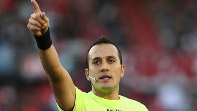 Espinoza se equivocó al no cobrar el penal que le pudo dar el triunfo al Patrón.