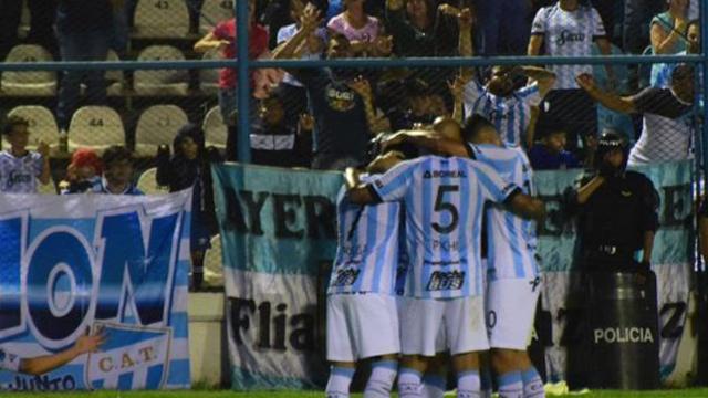 El Decano y el Rojo disputaron un partidazo en Tucumán.
