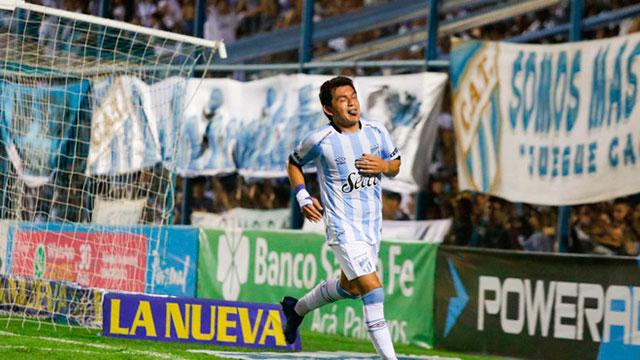 Atlético Tucumán venció a Central y es escolta.