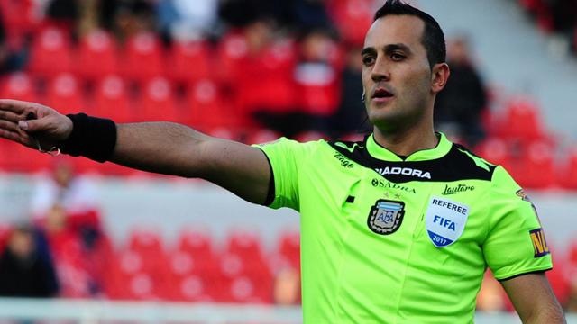 Superliga: Fernando Espinoza, el árbitro para Patronato-Arsenal en el Grella