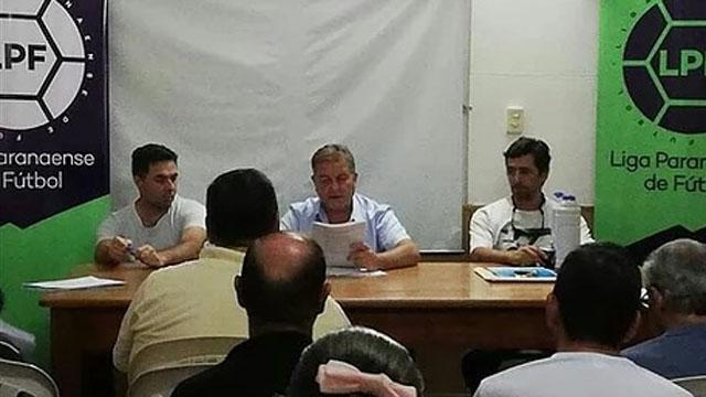 El dirigente de la LPF cargó duro contra los clubes.